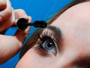 daños maquillaje en ojos clinica oftalmologica madrid