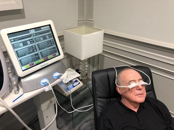 tratamiento con lipiflow para tratar la enfermedad de ojo seco