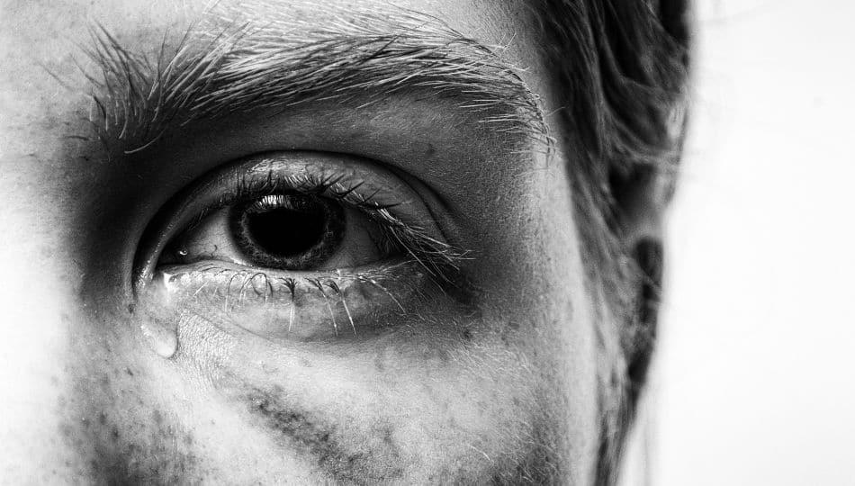 La toxicidad de los conservantes de las lágrimas artificiales depende del tipo de fármaco